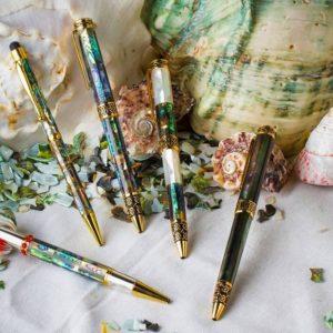 Bút Ngọc Trai